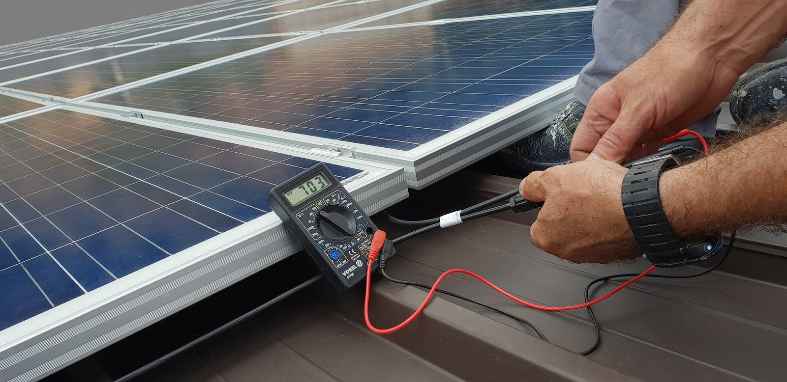 how-to-use-solar-energy-to-generate-economy-in-your-home-or-company17