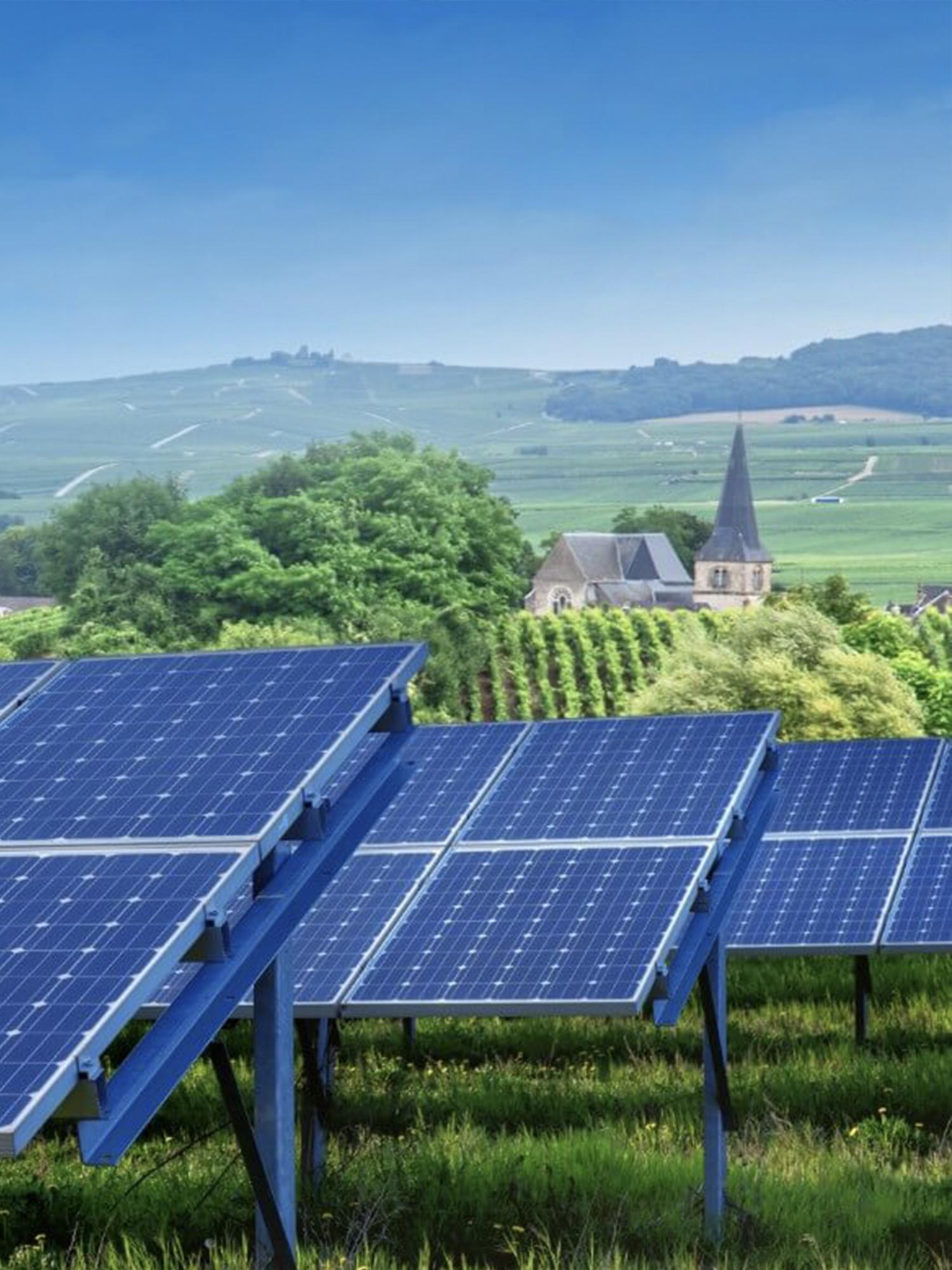 https://universalkraft.com/wp-content/uploads/2020/11/ground-solar-vertical-universal-kraft.jpg
