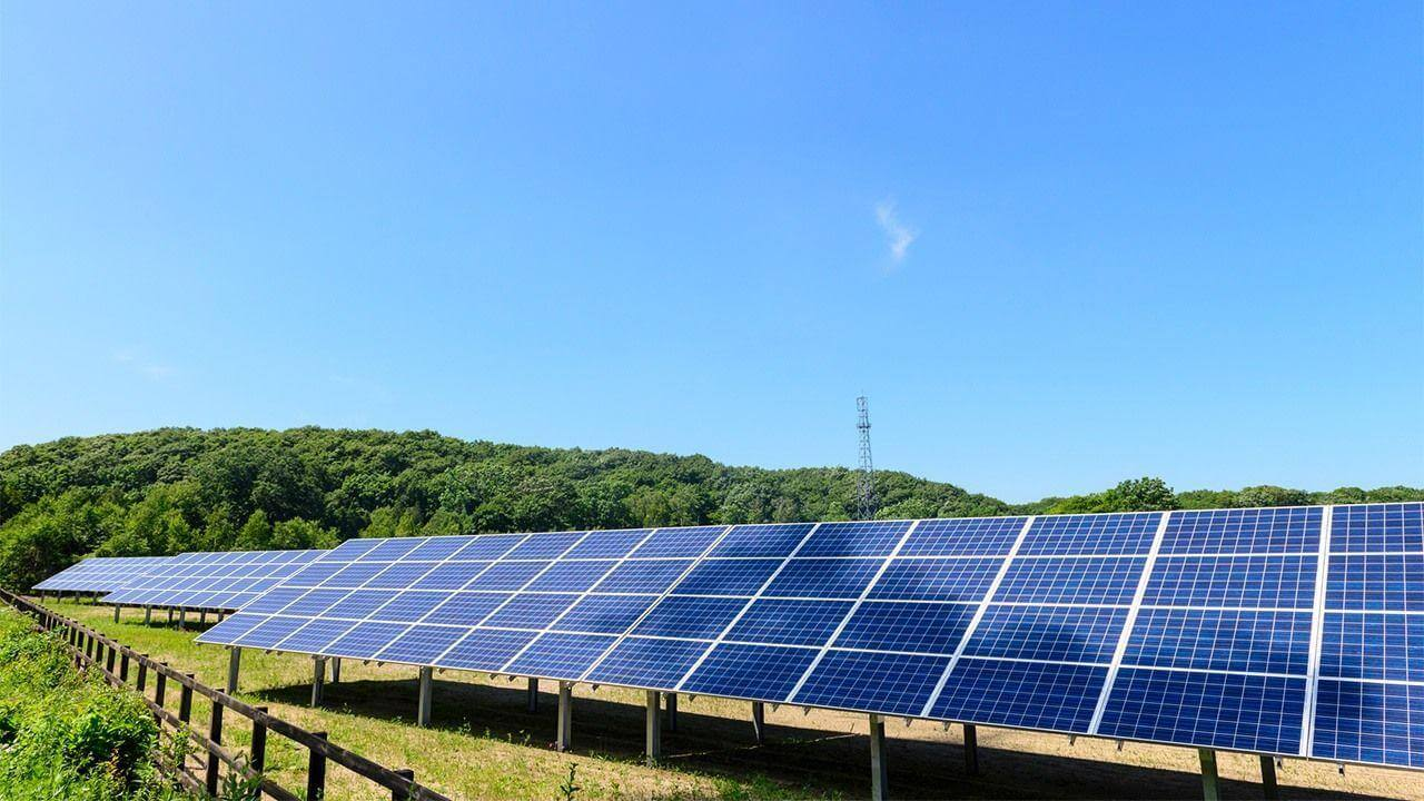 https://universalkraft.com/wp-content/uploads/2020/11/solar-universal-kraft.jpg