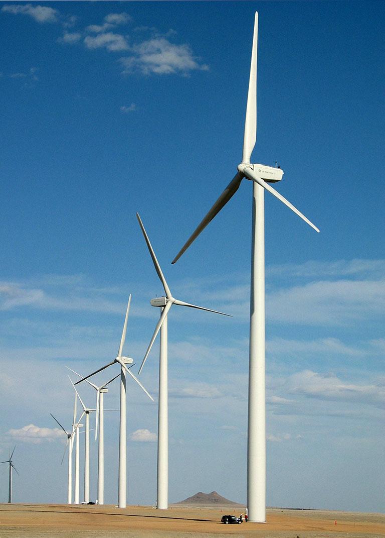 https://universalkraft.com/wp-content/uploads/2021/01/wind-energy-02-universal-kraft.jpg